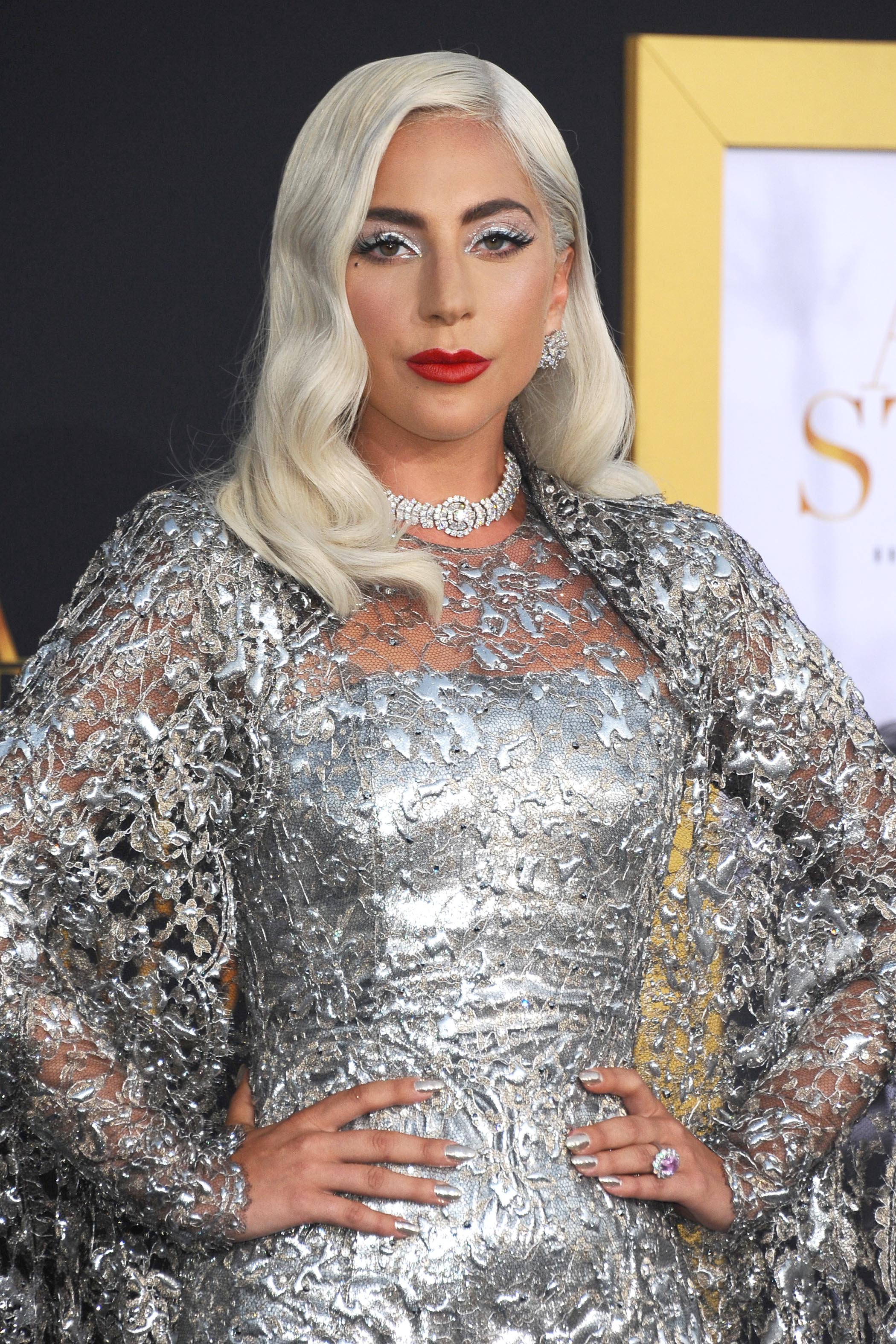 Lady Gaga Wears Platinum Jewellery To The Los Angeles Premiere Of A Star Is Born